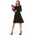 Sukienka rozkloszowana z paskiem w kolorze czarnym T287